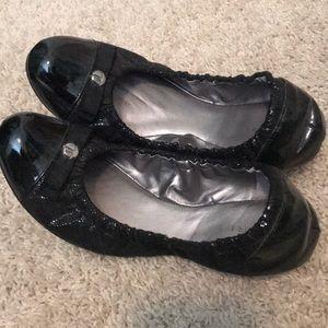 f56c94da70a Tahari Shoes - Tahiti ballet flat